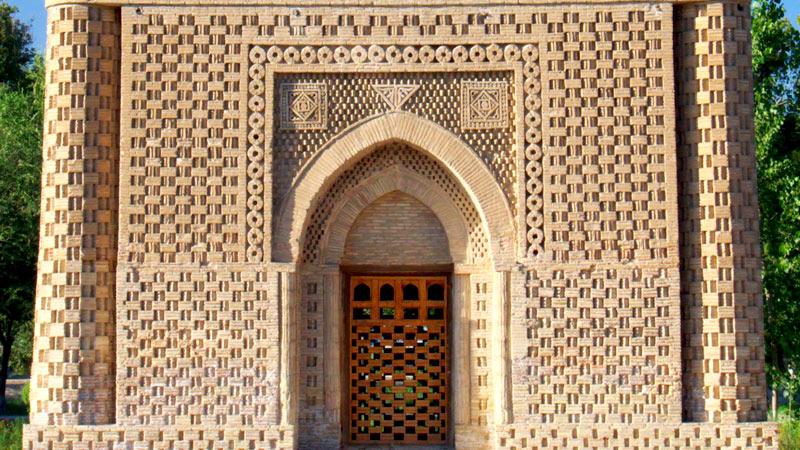イスマイール・サーマーニ廟